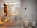5-Glamorous-bathroom-design-600x576