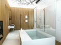 11-Chic-bath-tub-600x399