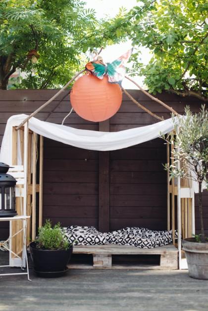 Alvast voor de zomer; zelfgemaakt speelhuis voor in de tuin!